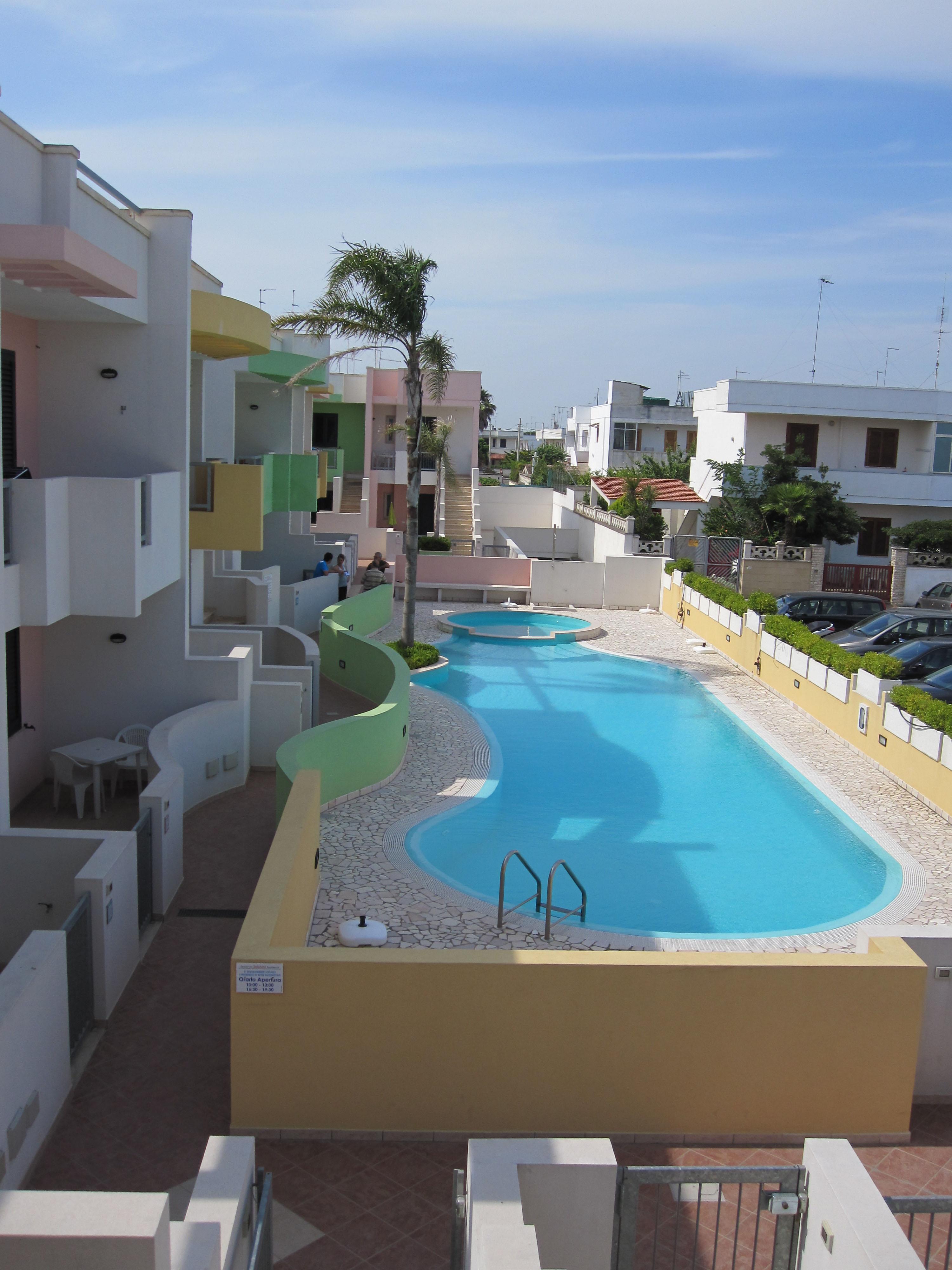 app-5-vista-piscina